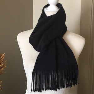 Black Oblong Fringe Scarf